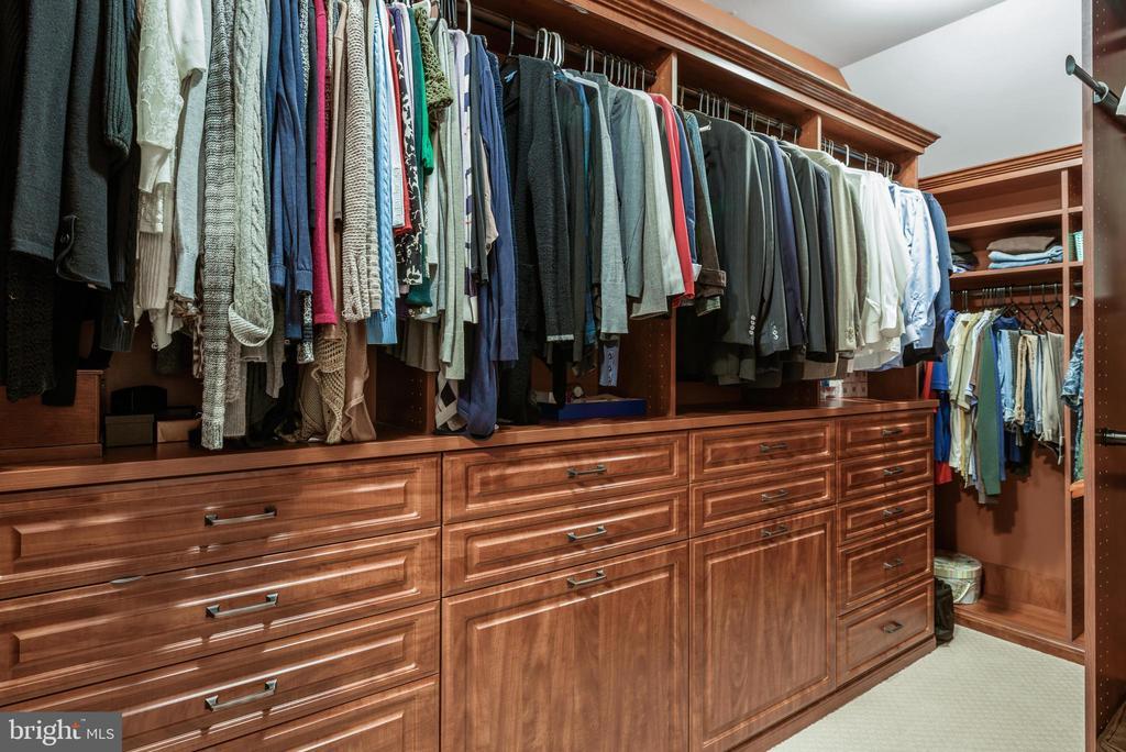 Master Bedroom Closet - 10323 LYNCH LN, OAKTON
