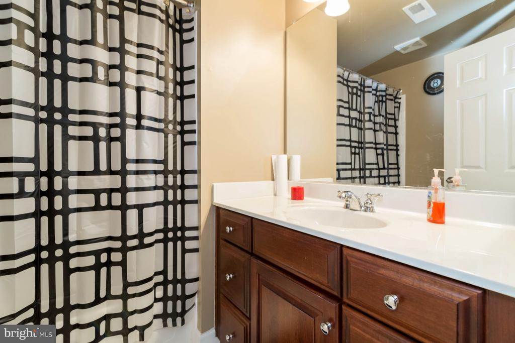 Full Bathroom in Basement - 3629 STONEWALL MANOR DR, TRIANGLE