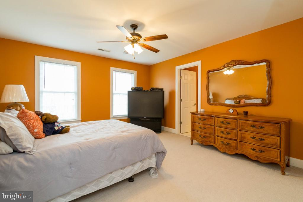 Mother-in-Law Suite/2nd MBR - 3629 STONEWALL MANOR DR, TRIANGLE