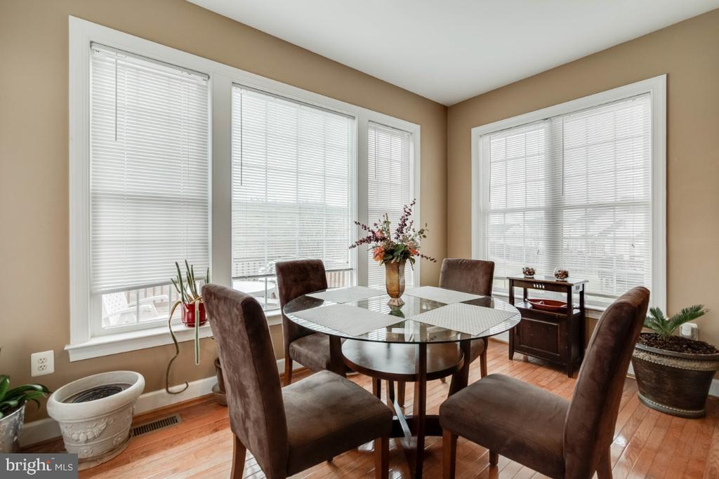 Breakfast Nook - 3629 STONEWALL MANOR DR, TRIANGLE