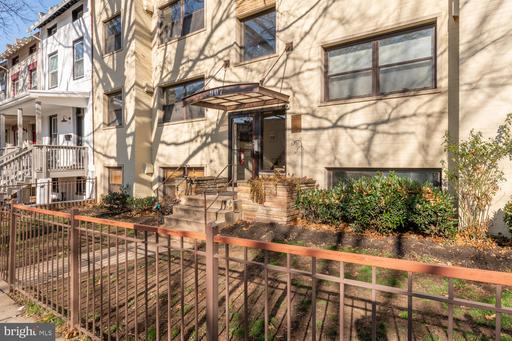 907 EUCLID ST NW #102