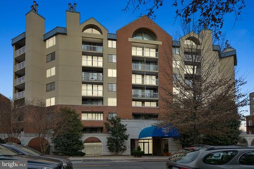2725 CONNECTICUT AVE NW #307