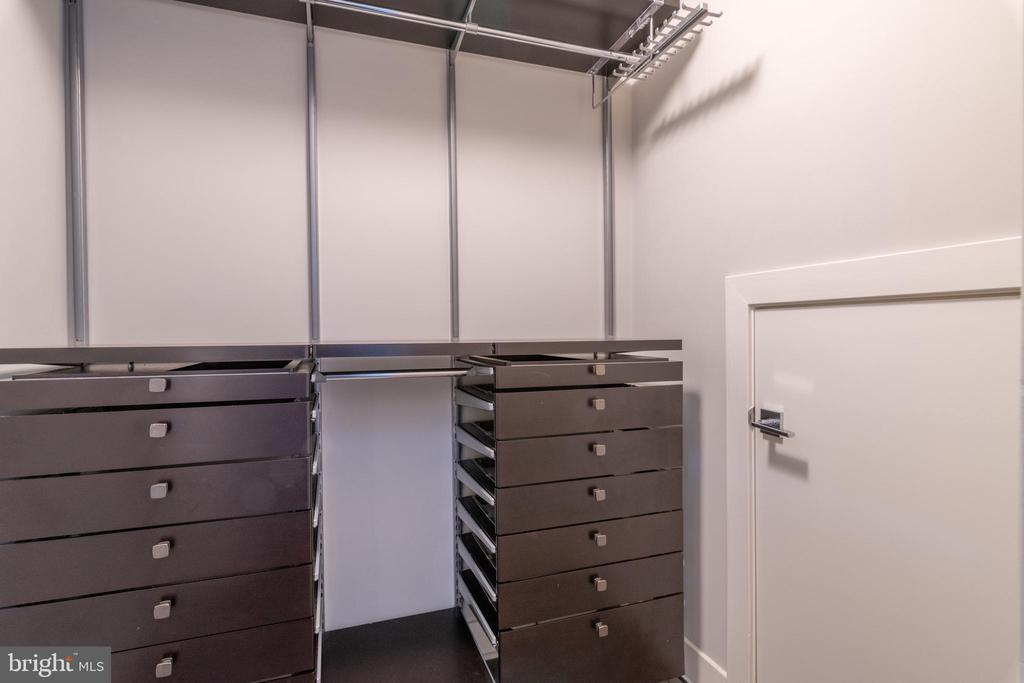 Custom Walk-in Closet - 1311 13TH ST NW #T09, WASHINGTON
