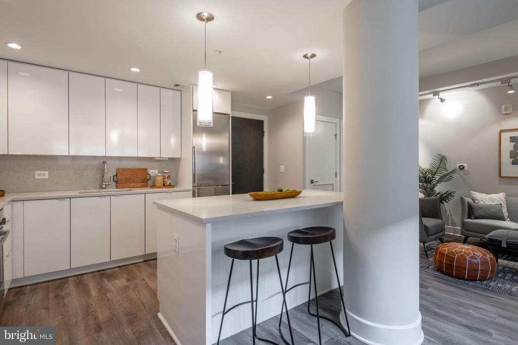 Kitchen Island - 1311 13TH ST NW #T09, WASHINGTON