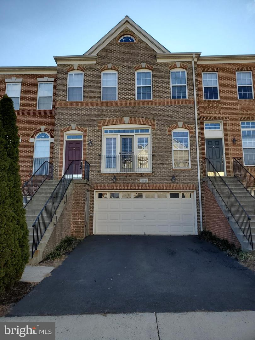 Photo of 41915 CINNABAR SQ, ALDIE, VA 20105