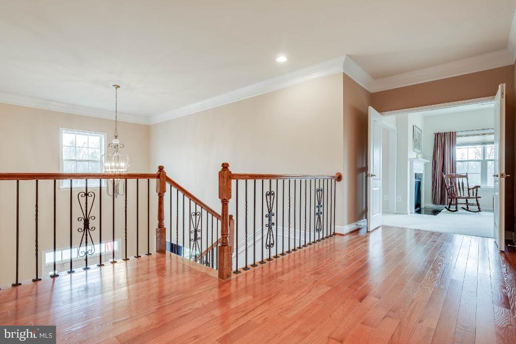 Upper Hallway with Hardwood Flooring - 41985 RIDING MILL PL, ASHBURN