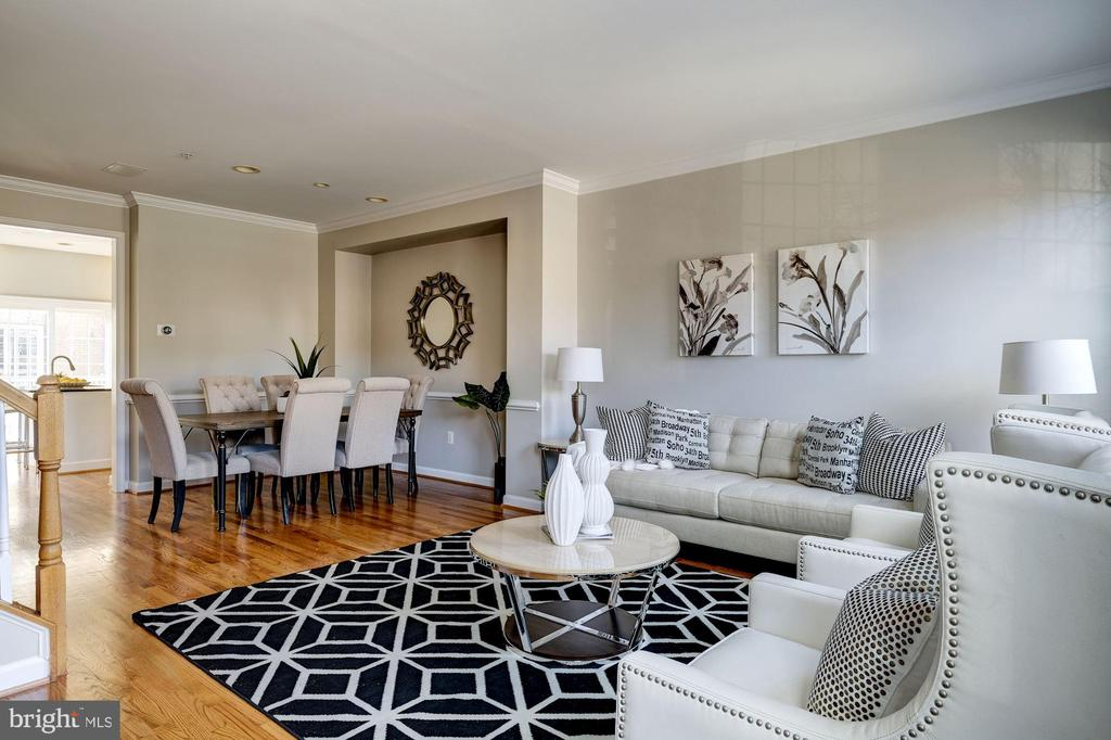 Living Room Opens to Dining Room - 605 7TH ST SW, WASHINGTON