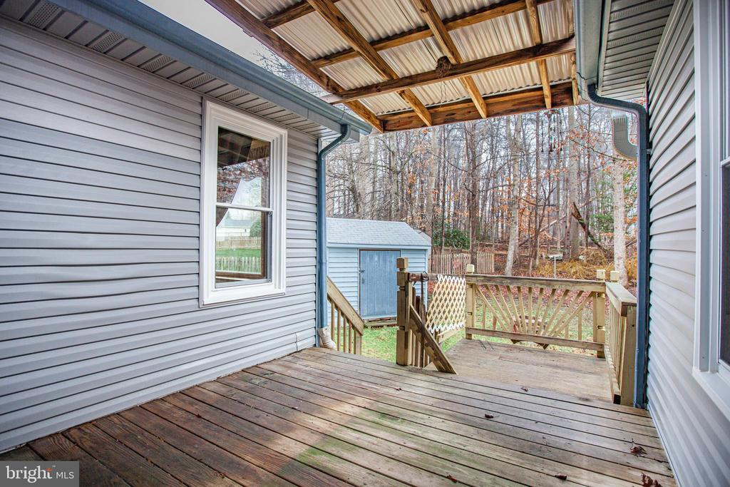REAR DECK - 7311 MIDDLETON DR, FREDERICKSBURG