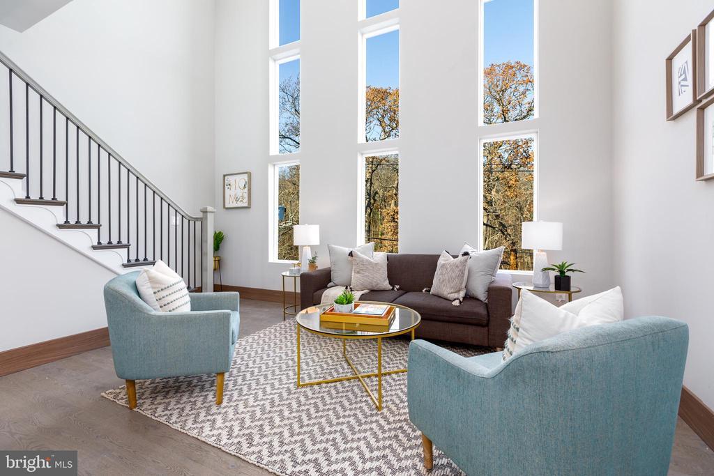 Enjoy views of The Arboretum from your living room - 2109 M ST NE #9, WASHINGTON