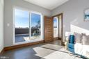 Walk out to private roof deck w/ great views - 2109 M ST NE #9, WASHINGTON