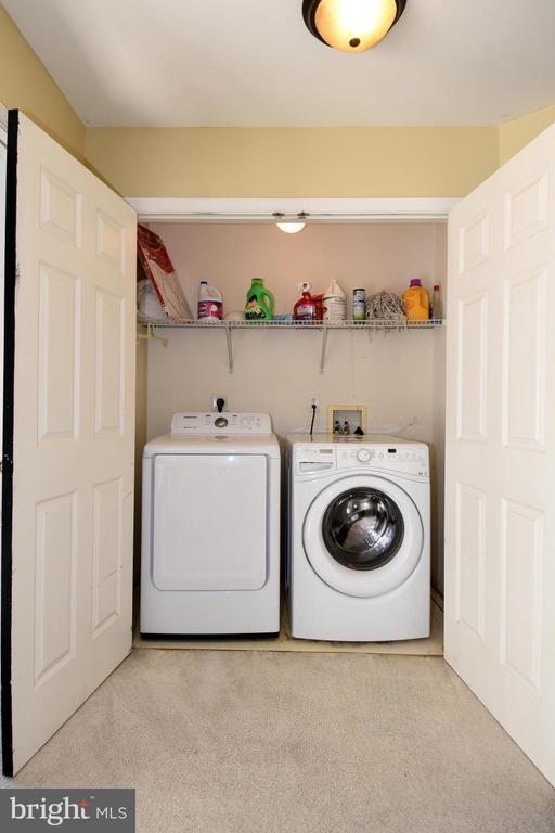 Top floor laundry/appliances convey - 9814 SPINNAKER ST, CHELTENHAM
