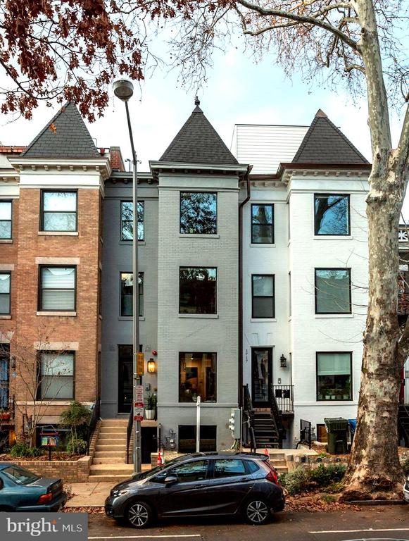 Welcome home to 1719 Euclid! - 1719 EUCLID ST NW #2, WASHINGTON