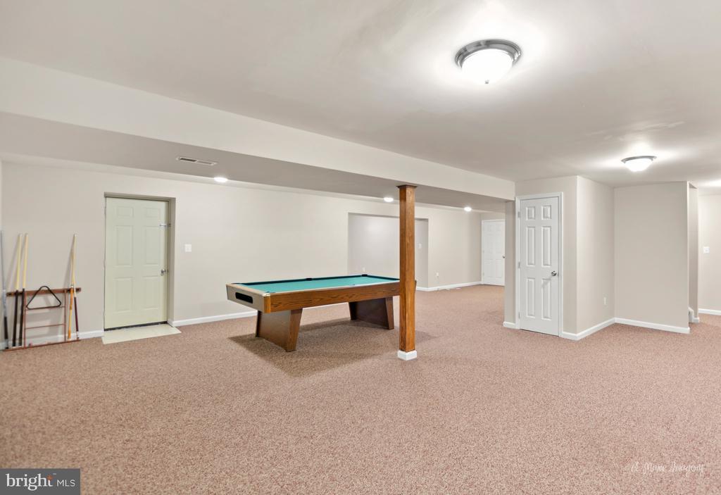 Huge basement area - 3812 SAINT CLAIR CT, MONROVIA