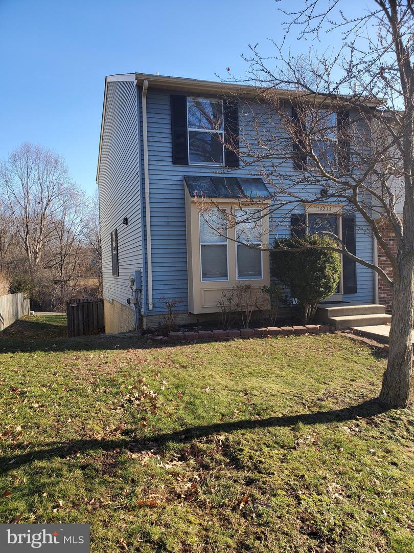 Single Family Homes para Venda às Burtonsville, Maryland 20866 Estados Unidos
