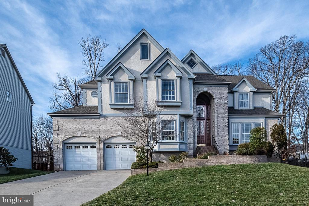 Stunning Ashburn home - 43260 PRESTON CT, ASHBURN