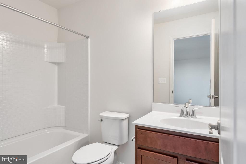 Guest Bedroom Bath - 1196 COASTAL AVE, STAFFORD