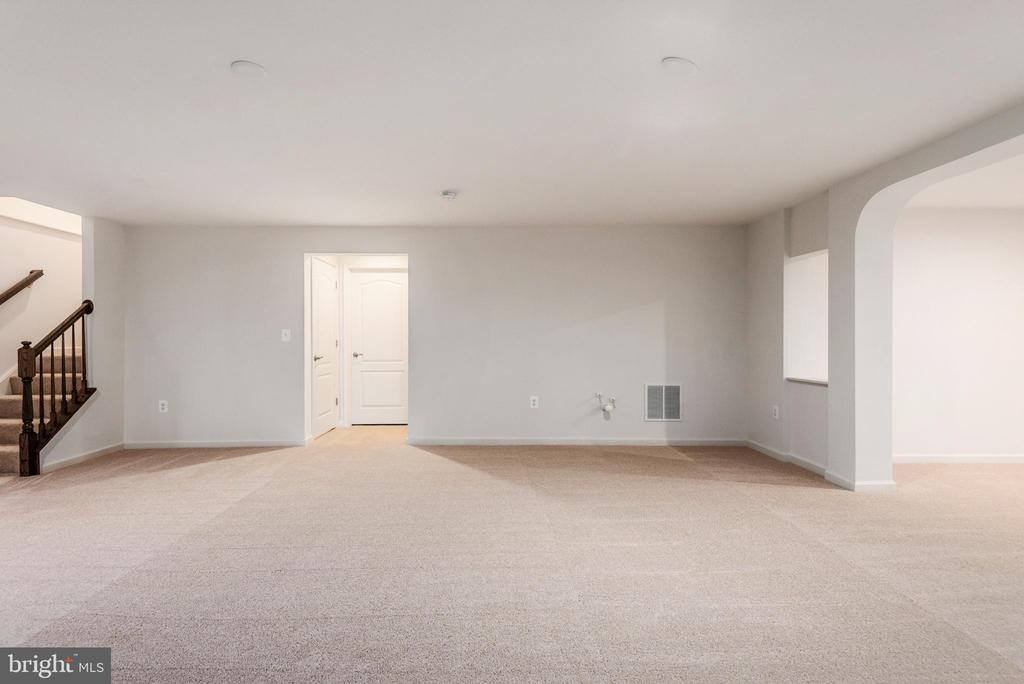 Rec Room - 1196 COASTAL AVE, STAFFORD