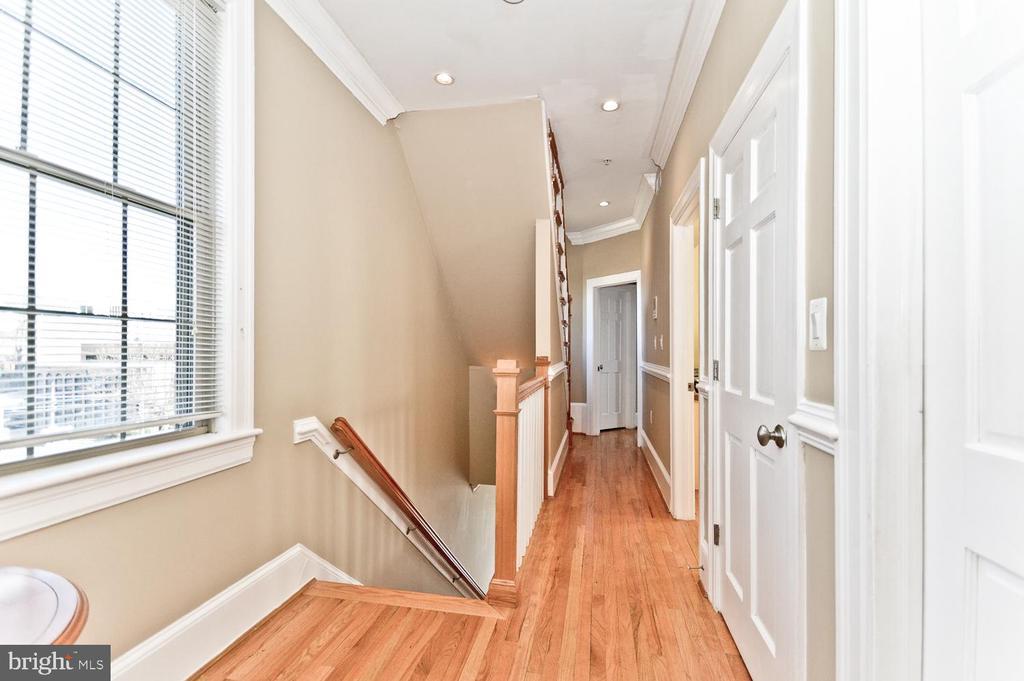 Upper Level 1 Hallway - 2710 24TH ST NE, WASHINGTON