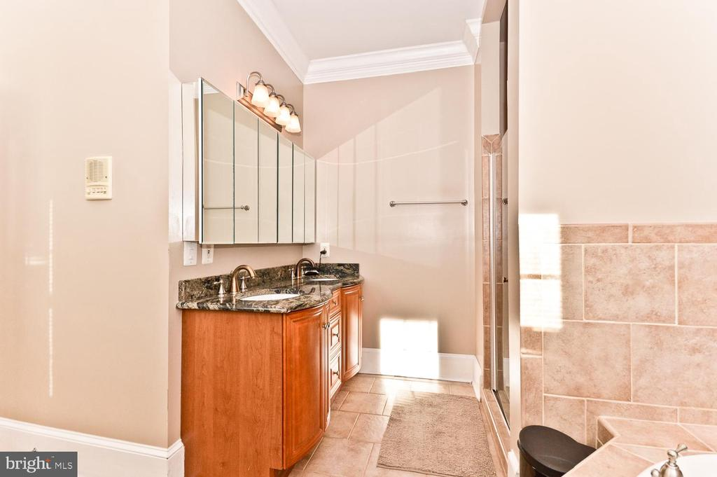 Master Bathroom - 2710 24TH ST NE, WASHINGTON