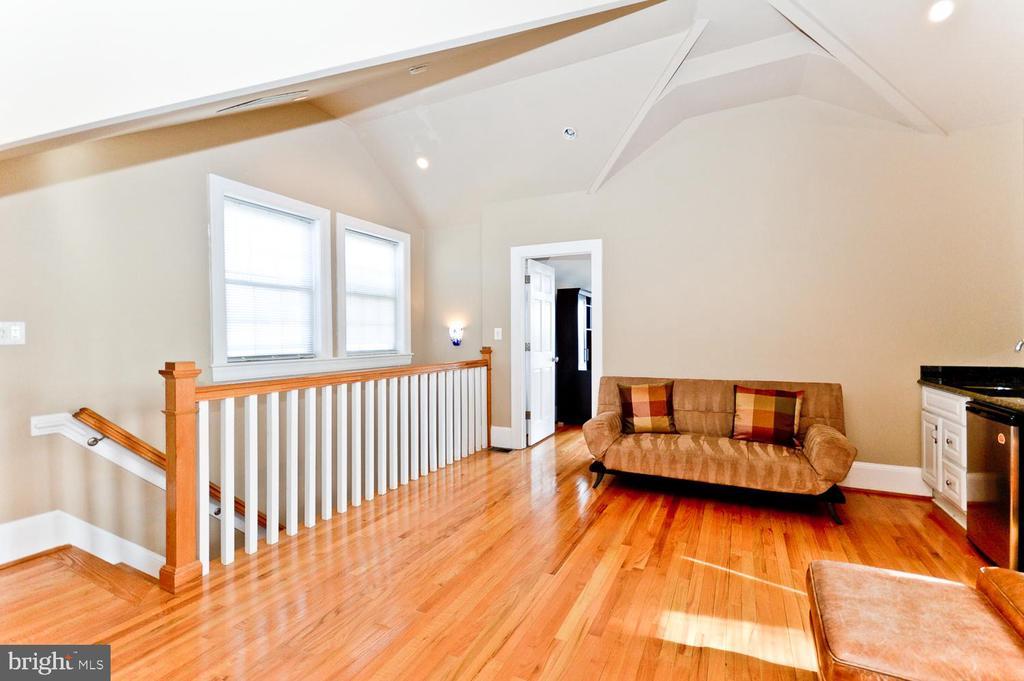 4th Floor Upper Level - 2nd Living Room area - 2710 24TH ST NE, WASHINGTON