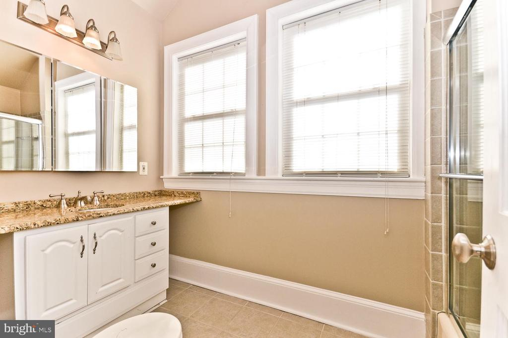 4th Level Full Bathroom #4 - 2710 24TH ST NE, WASHINGTON