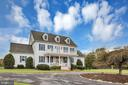 Circular drive to receive your guests - 36704 SNICKERSVILLE TPKE, PURCELLVILLE
