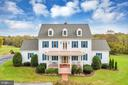 Ideally sited on it's own parkland - 36704 SNICKERSVILLE TPKE, PURCELLVILLE