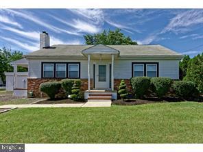 Property 为 销售 在 Hainesport, 新泽西州 08036 美国
