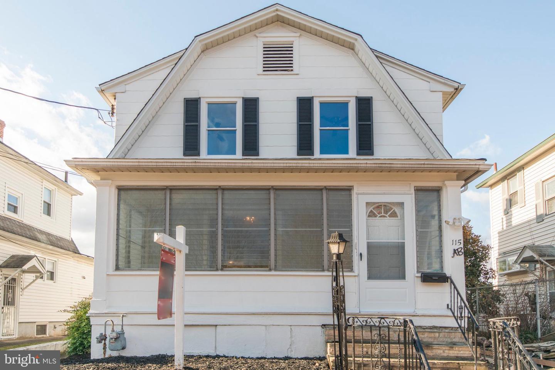 Duplex Homes для того Продажа на Morrisville, Пенсильвания 19067 Соединенные Штаты