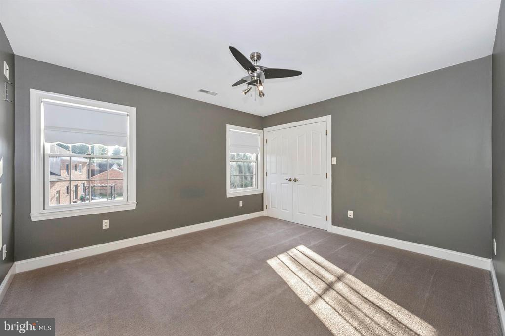 12' x 13' Bedroom #3 - has huge closet - 10616 BRATTON CT, WILLIAMSPORT