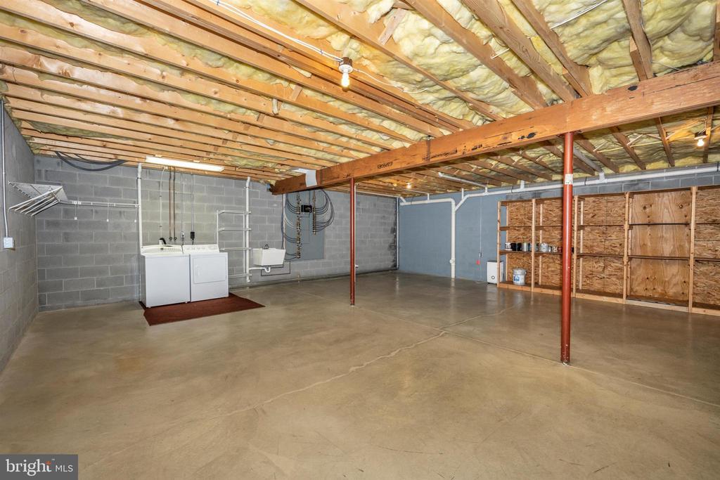 1454 sq foot basement- great storage - 10616 BRATTON CT, WILLIAMSPORT