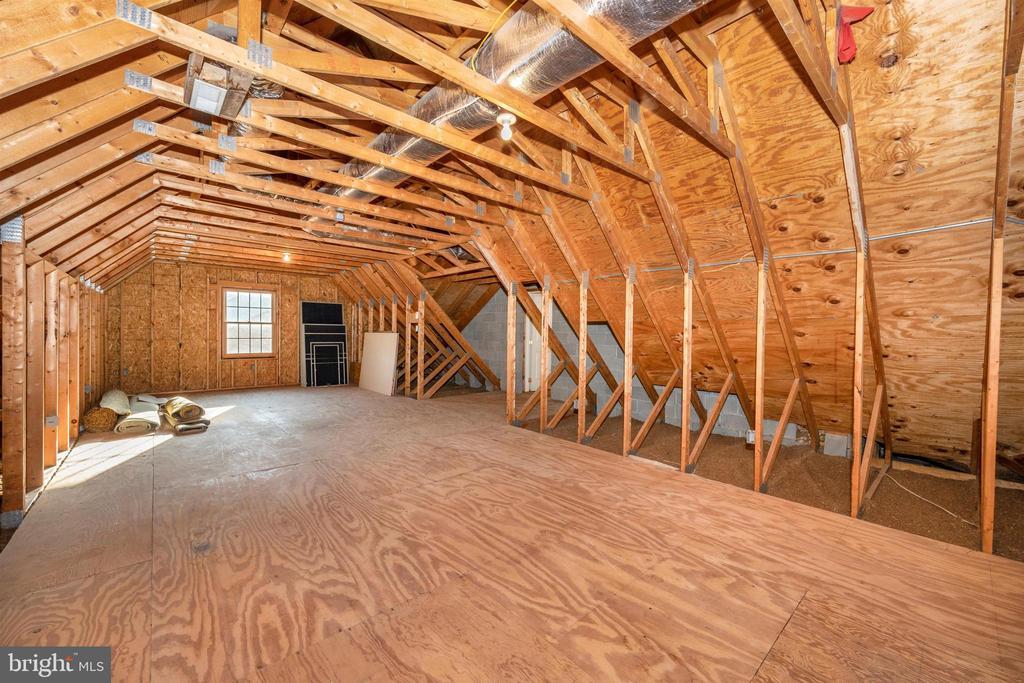14' x 36' bonus room over garage - 10616 BRATTON CT, WILLIAMSPORT