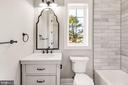 Main Floor Full Bath - 4930 PRINCESS ANNE CT, FAIRFAX