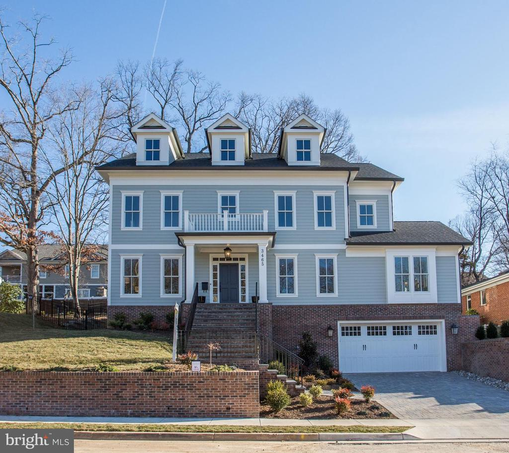 New Spring Street home on quarter acre - 3465 N EMERSON ST, ARLINGTON