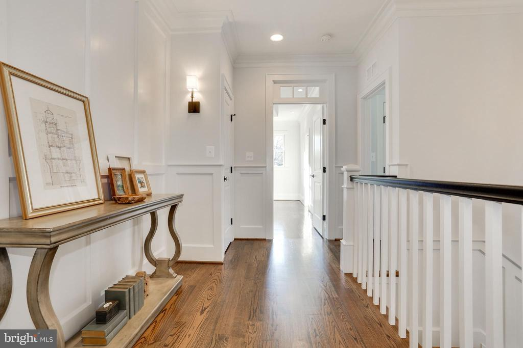 paneled niche with sconces and 2  linen closets - 3465 N EMERSON ST, ARLINGTON