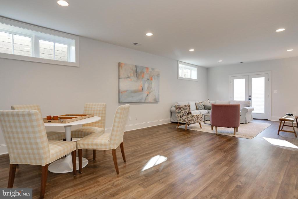 recessed lighting, doors to stairs and yard - 3465 N EMERSON ST, ARLINGTON