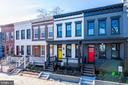 - 121 15TH ST SE, WASHINGTON