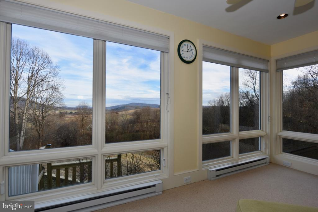 Sunroom - 1628 F T VALLEY RD, SPERRYVILLE