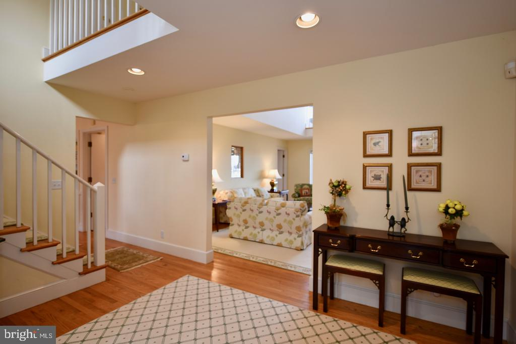 Entry Foyer - 1628 F T VALLEY RD, SPERRYVILLE