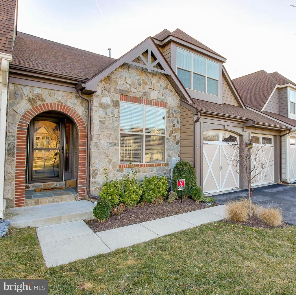 FRONT VIEW 2 - 2302 ROE LN, FREDERICK