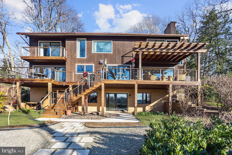 Single Family Homes per Vendita alle ore Arnold, Maryland 21012 Stati Uniti