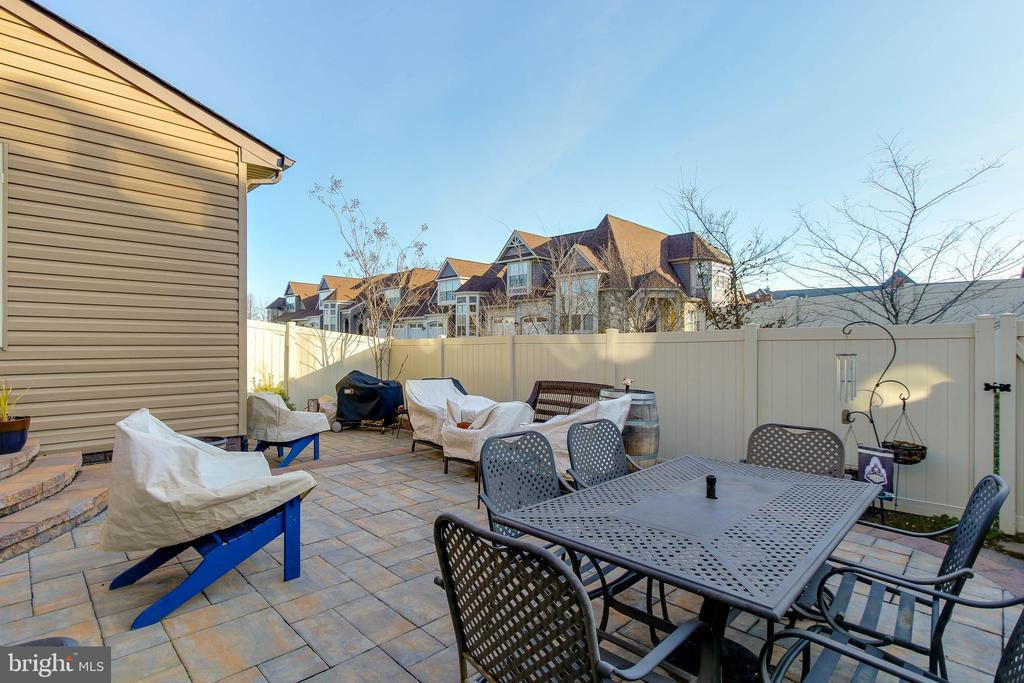 REAR PATIO AND VINYL FENCED - 2302 ROE LN, FREDERICK