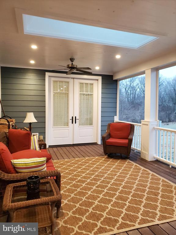 Fabulous screened in porch - 1504 MARKER RD, MIDDLETOWN