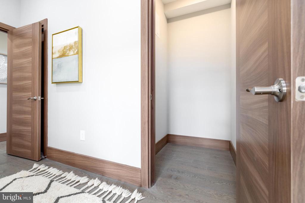 Large closet space - 2109 M ST NE #4, WASHINGTON