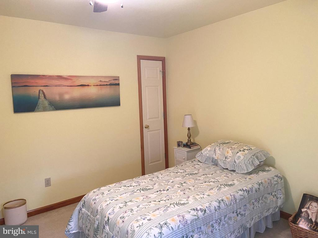 Bedroom #3 - 2402 LAKEVIEW PKWY, LOCUST GROVE