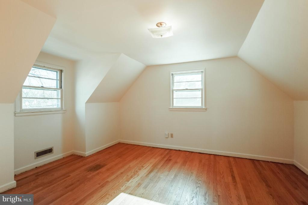 Upper level bedroom 3 - 12602 VALLEYWOOD DR, SILVER SPRING