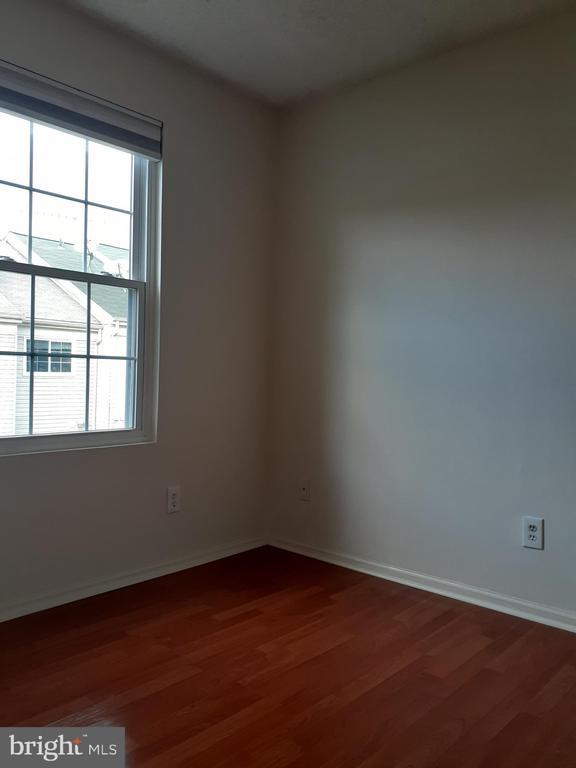 2nd bedroom - 1115 HUNTMASTER TER NE #301, LEESBURG