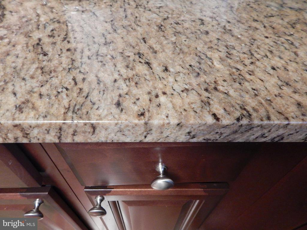 Close up of granite counters - 6307 TOWLES MILL RD, SPOTSYLVANIA