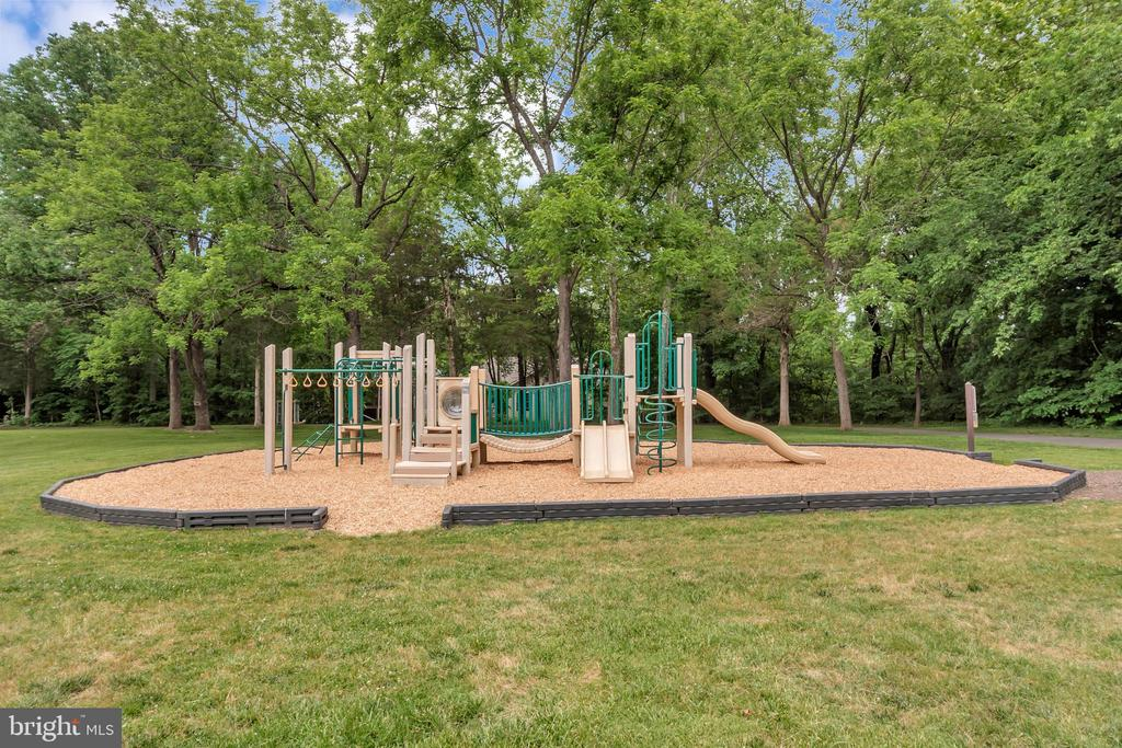 Parks and Playgrounds - 505 MONTICELLO CIR, LOCUST GROVE