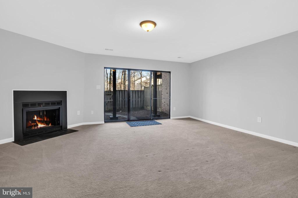 Fully finished lower level family room - 2053 SWANS NECK WAY, RESTON